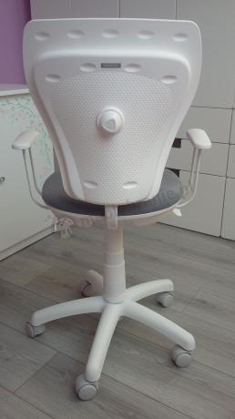 Zdrowy fotel dla dziecka Ministyle White Line szary