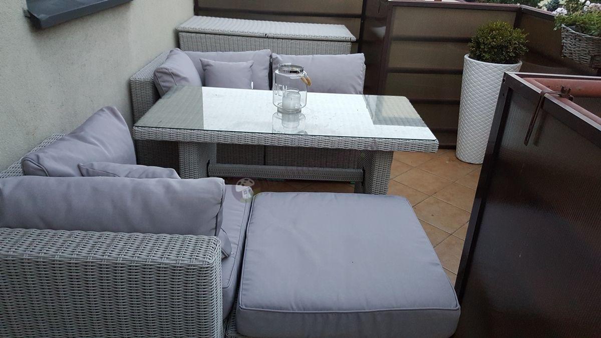 Meble balkonowe z technorattanu z wysokim stołem