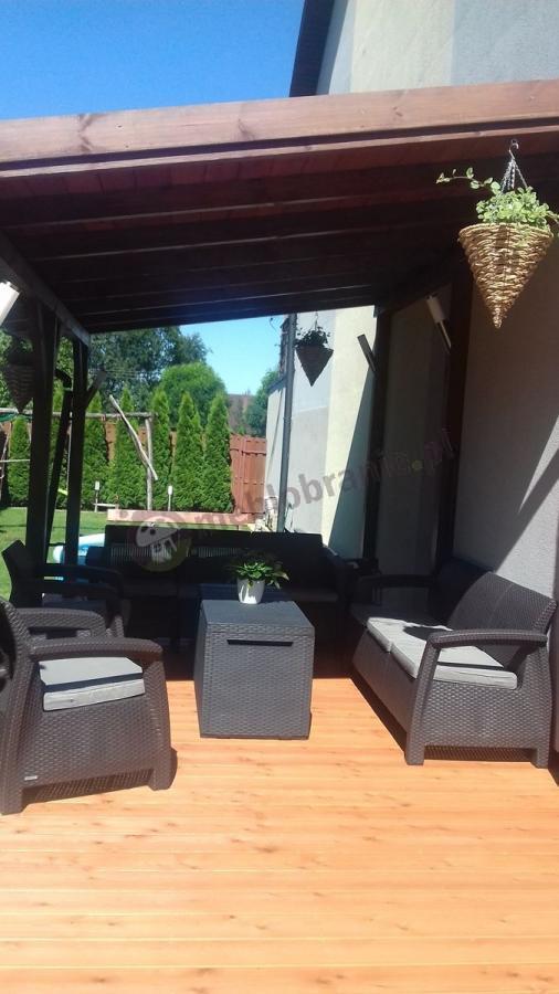 Meble ogrodowe Corfu Curver połączone w zestaw przez klienta