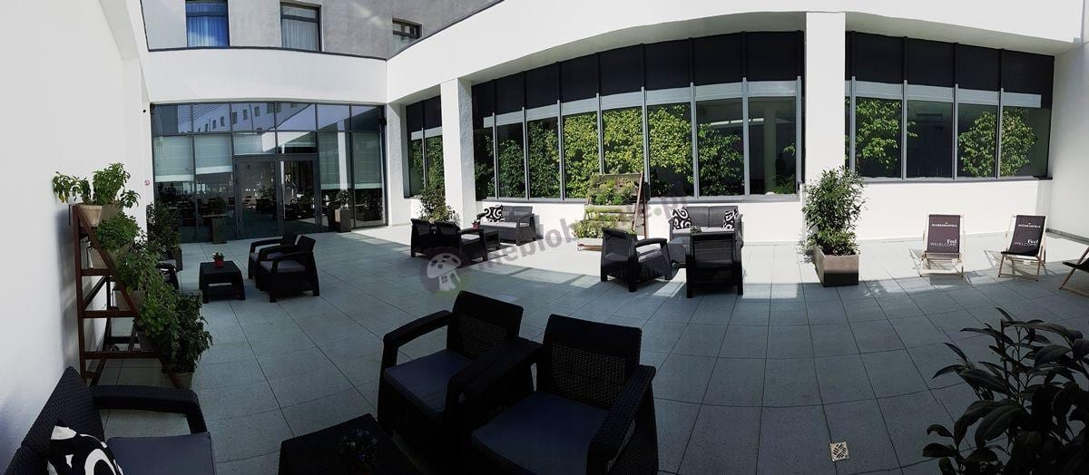 Meble ogrodowe Corfu Set na hotelowym patio