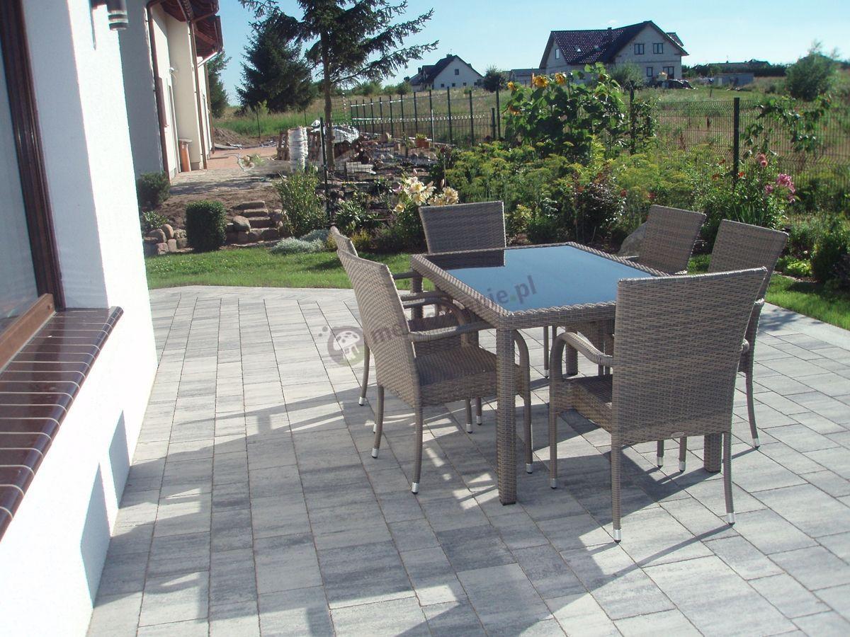 Meble ogrodowe technorattanowe wygodny komplet stołowy