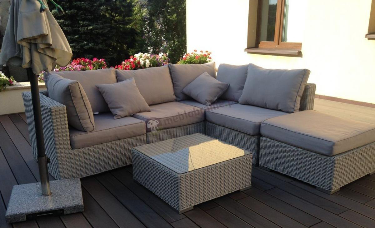 Meble ogrodowe wypoczynkowe technorattan z kwadratowym stolikiem