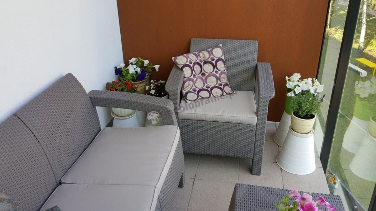 Modne meble ogrodowe z eleganckiego tworzywa Keter Corfu Set Cappuccino