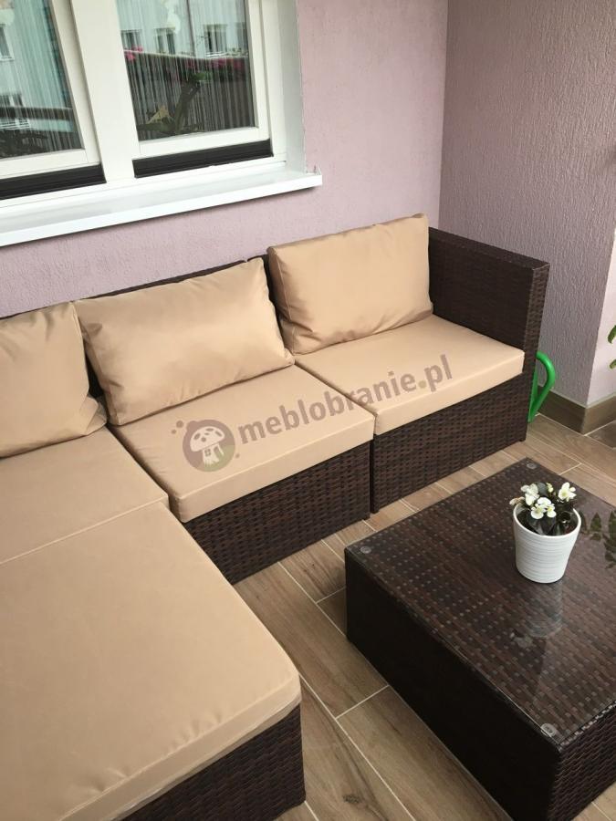Narożnik technoratan z poduszkami w niebrudzącym się kolorze i dobrej cenie