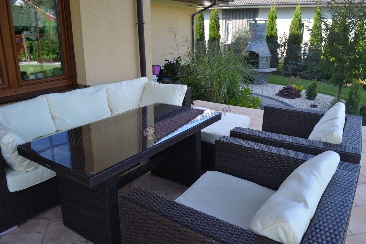 Nowoczesne wypoczynki ogrodowe z technorattanu ze stołami obiadowymi