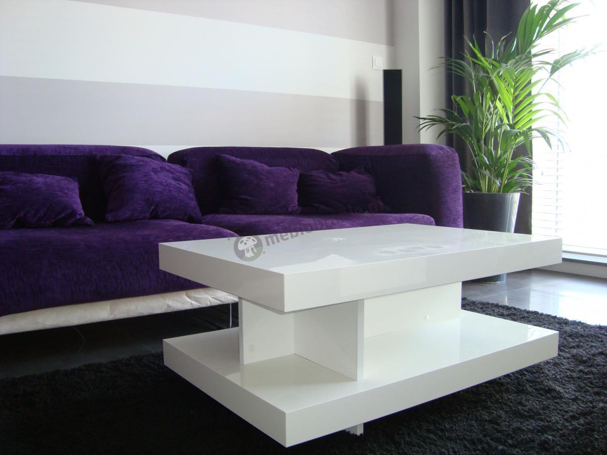 Nowoczesny design stolika kawowego Nano w białym kolorze w połączeniu z fioletową kanapą