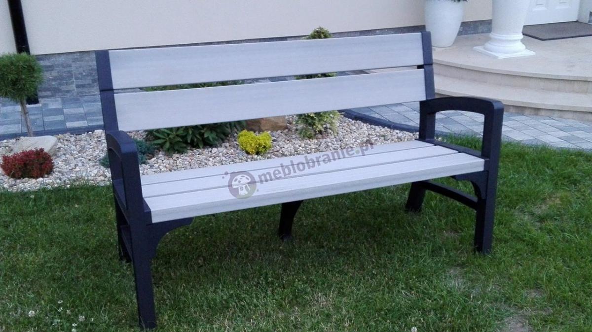 Ogrodowa ławka drewnopodobna