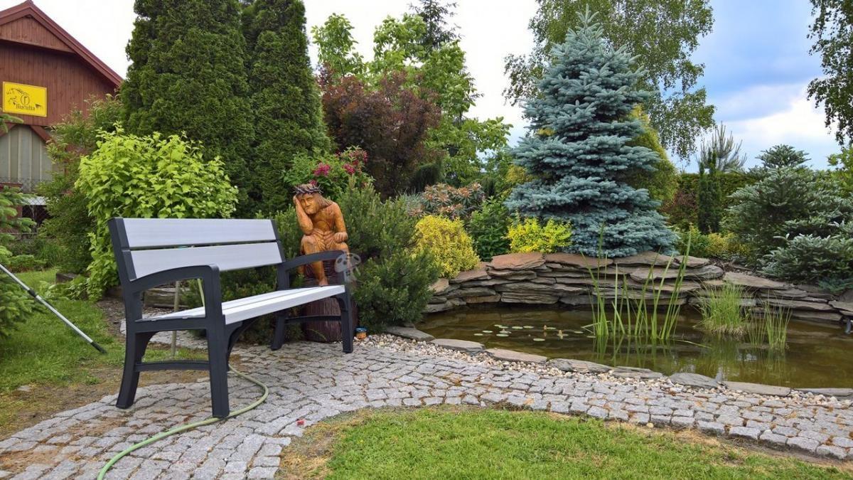 Ogrodowa ławka z tworzywa sztucznego w niskiej cenie Keter Montero