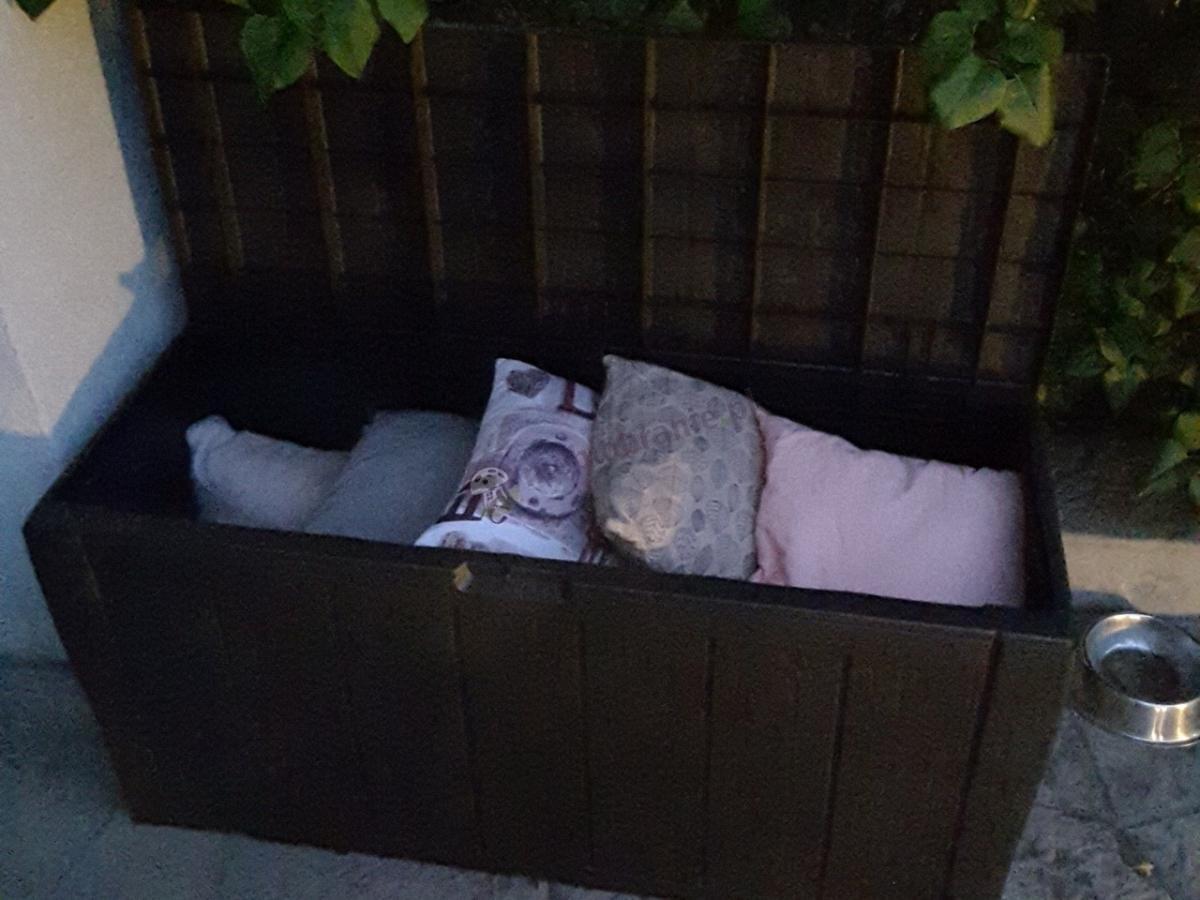 Ogrodowa skrzynia balkonowa na poduszki Sherwood Box 270 L
