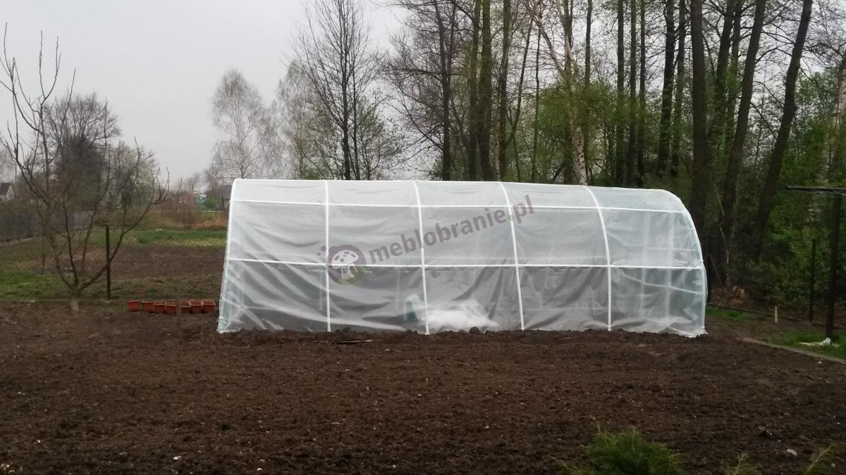 Ogrodowy tunel foliowy 6x3m widok na bok