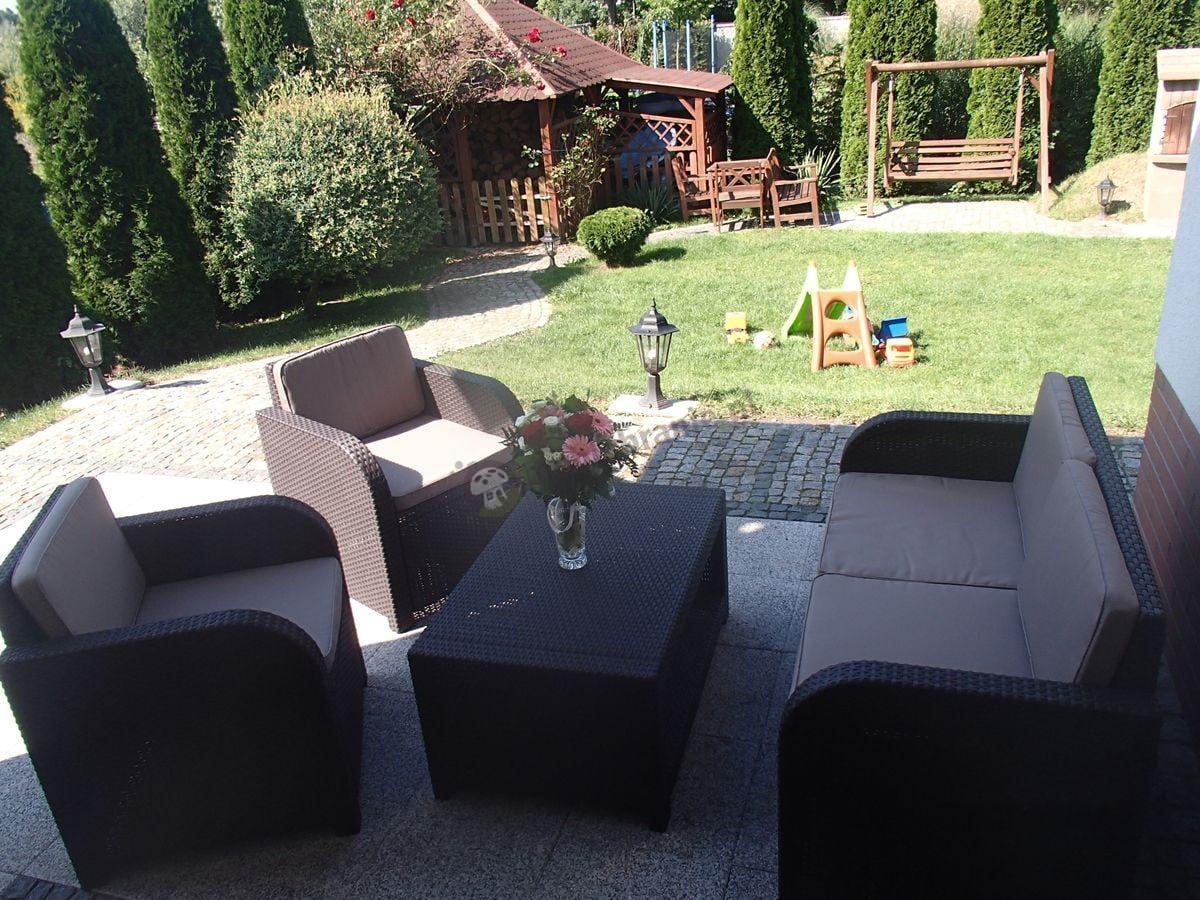 Rodzinny ogród z zestawem ogrodowy Modena Lounge Set