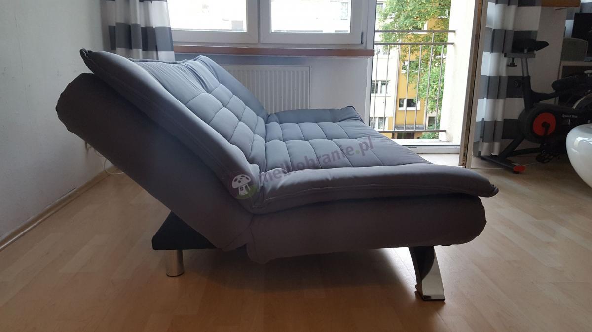 Rozkładana kanapa do pokoju w nowoczesnym wzornictwie Actona Faith
