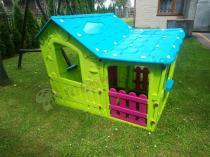 Bezpieczny dla dziecka domek ogrodowy Keter Magic Villa