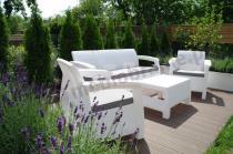 Biały zestaw mebli Corfu z sofą trzyosobową na taras Keter Set