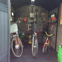 Domek ogrodowy na rowery Keter Fusion 759 pojemne wnętrze