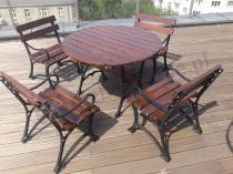 Drewniany zestaw ogrodowy żeliwny z okrągłym stołem