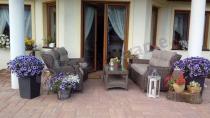 Ekskluzywny zestaw ogrodowy z sofą dwuosobową technorattan