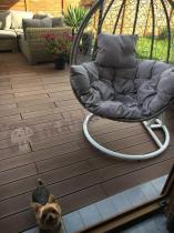 Elegancki kosz ogrodowy wiszący z poduszką technorattan Dondolo