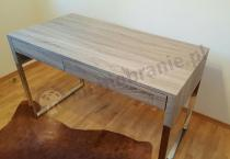 Eleganckie biurko dąb sonoma jasny z metalowymi nogami