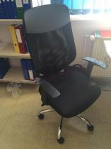 Fotel biurowy obrotowy czarny Mobi Plus