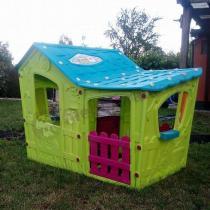 Kolorowy domek dla dzieci z tworzywa Magic Villa
