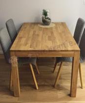 Krzesła drewniane tapicerowane do jadalni Actona Arosa jasnoszare