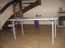 Lekki składany stół bankietowy 160x90cm w domku jednorodzinnym