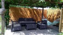 Meble dla 5 osób z sofą trzyosobową Keter Corfu Brąz