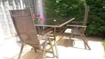 Meble obiadowe aluminiowe ze składanymi krzesłami