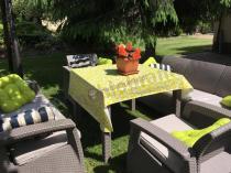 Meble ogrodowe z obrusem i sofą trzyosobową Corfu Set Triple Max