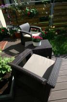Nieduży zestaw mebli ogrodowych technorattan efekt w kolorze brązowym