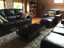 Niski stolik do salonu w czarnym kolorze Pixel