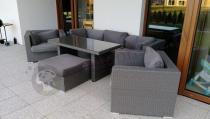 Nowoczesne meble technoratanowe z poduszkami szarymi z obiadowym stołem