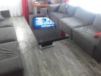 Nowoczesny stolik kwadratowy do salonu czarny wysoki połysk
