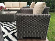 Ogrodowe fotele jak z rattanu w ładnym kolorze California