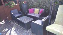Okazyjny zestaw ogrodowy z dużym stolikiem kawowym Modena Keter