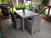 Piaskowy zestaw krzeseł ze stołem do ogrodu Keter Melody 6Y