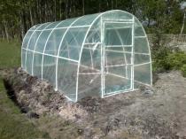 Pięciometrowy tunel foliowy do uprawy warzyw Lemar