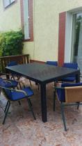 Plastikowy stół ogrodowy rozkładany Keter Sonata