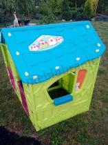 Praktyczna zabawka - efektowny kolorowy domek dziecięcy Magic Villa