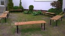 Proste ławki ogrodowe Praktik bez oparć