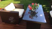 Stół i fotel Nilamito z kompletu Nilamito VI Plus Brown&Ecru