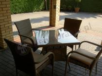 Stół i krzesła ogrodowe dla 4 osób szary technorattan
