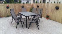 Stół i krzesła ogrodowe z regulowanymi oparciami