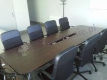 Stół konferencyjny używany w niewielkiej salce - stół Samba dla 10 osób