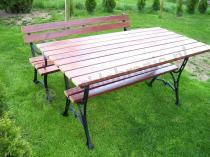Stół królewski i ławka ogrodowa z podłokietnikami