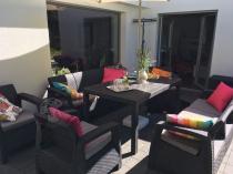 Stół ogrodowy w czarnym kolorze w zestawie Corfu Curver