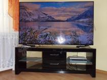 Szafka RTV Andora LED z dużym telewizorem