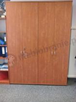Szafy biurowe Svenbox używane w dużym biurze