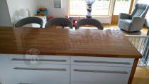 Tapicerowane krzesła barowe jasnoszare hoker Actona Grace